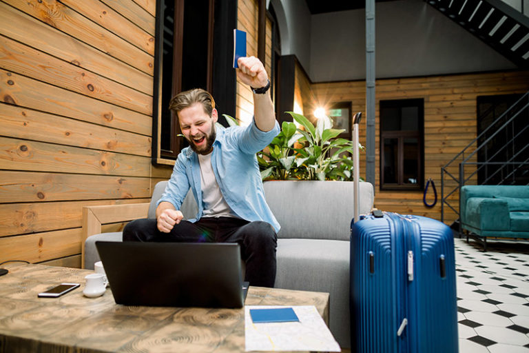 Picking The Best Travel Credit Card (2021)